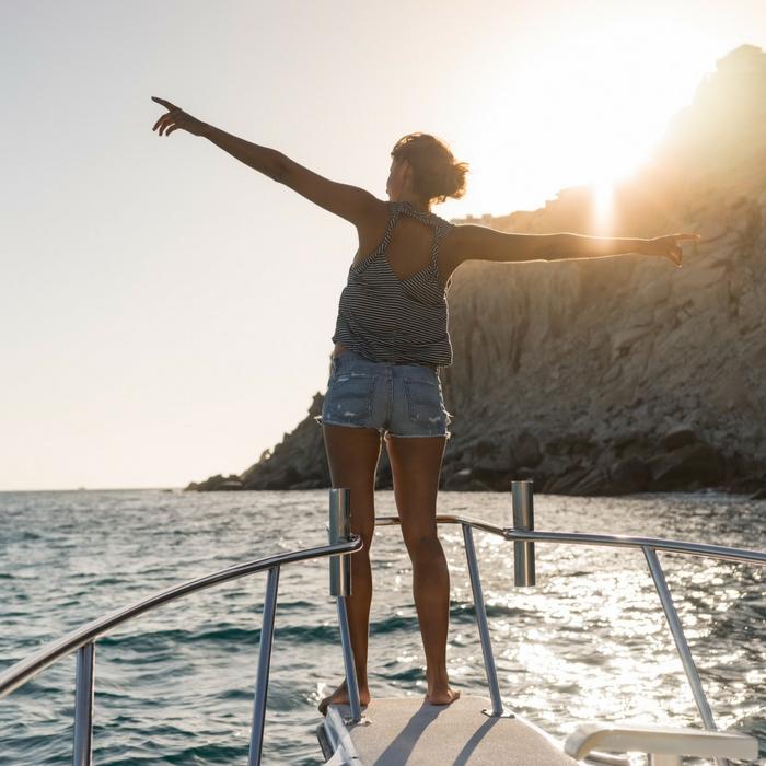 Mujer explorando Los Cabos